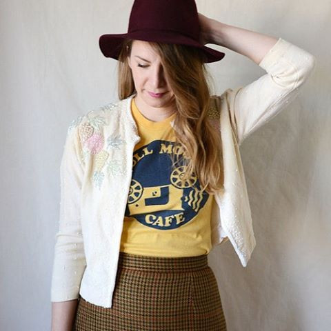 Vintage tees, wool skirts, 50s beaded cardis! Comin atcha this weekend at the vintage show. Thanks for modelling @amorfnic