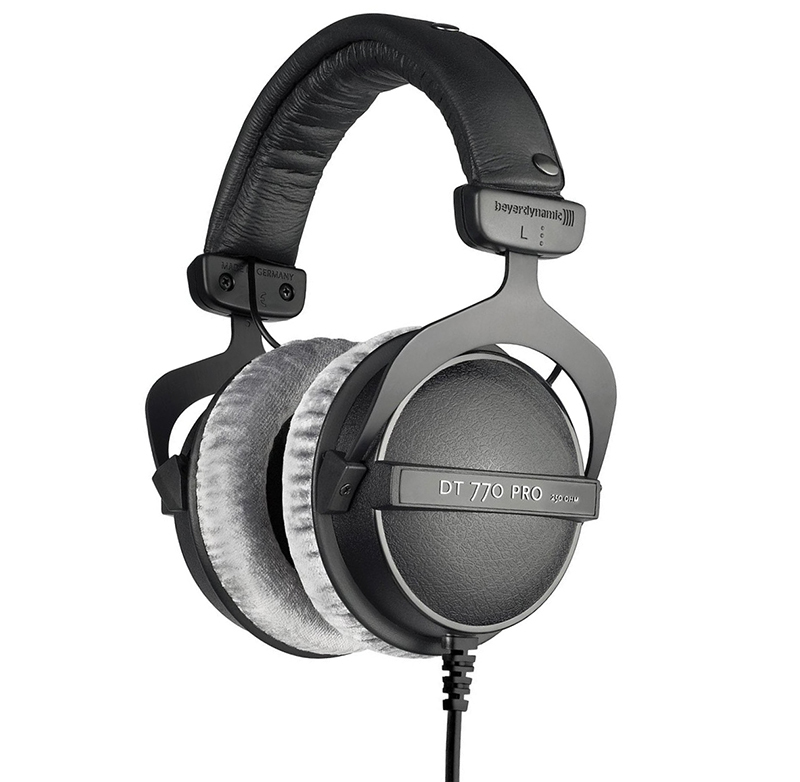Beyerdynamic-DT-770-PRO-german-headphones.jpg