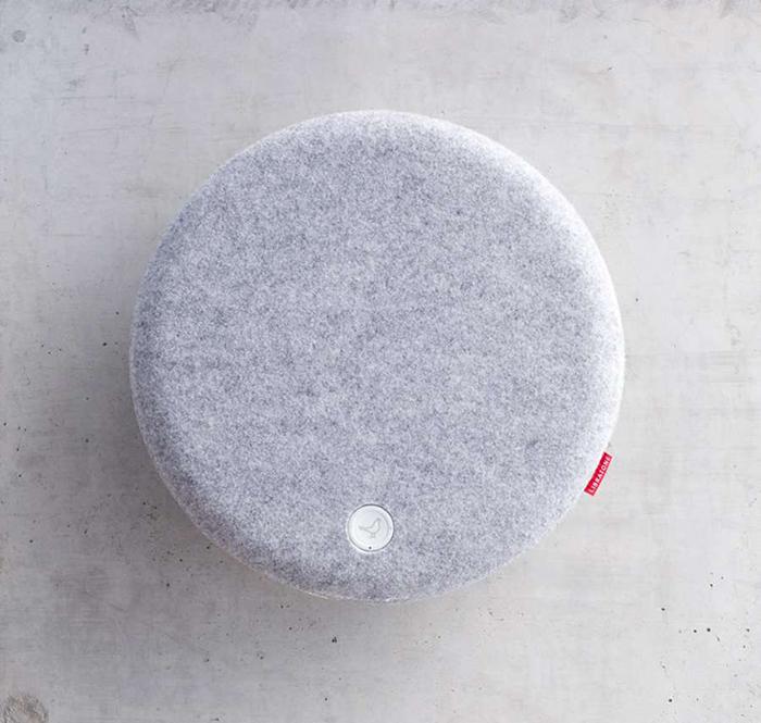 libratone-loop-wall-mounted-airplay-wireless-speaker.jpg