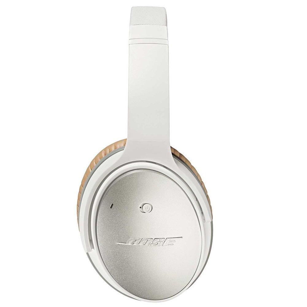 Bose Quiet Comfort 25 headphones 2.jpg
