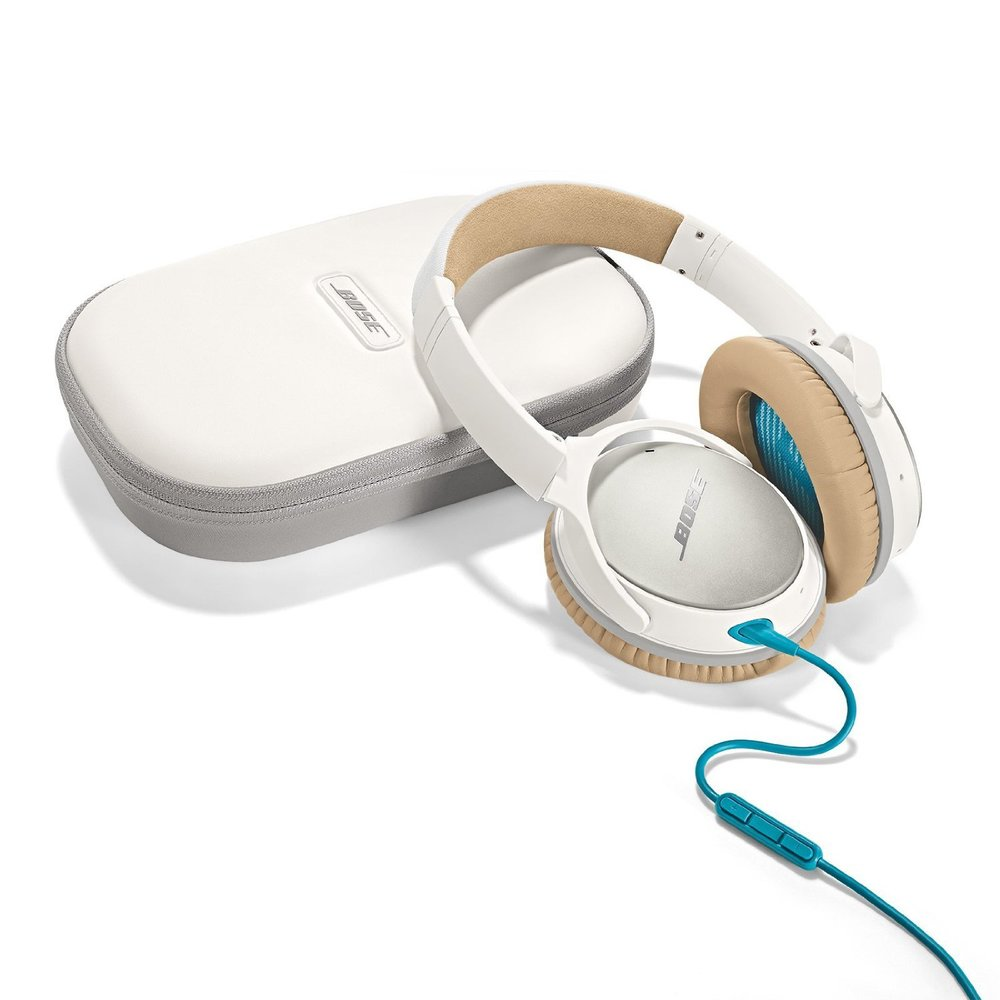 Bose Quiet Comfort 25 headphones with case white.jpg