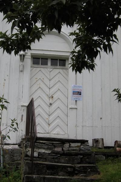 Det gamle biblioteket på Ørnes hvor Hilde hadde utstilling.