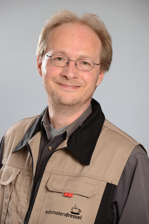 F. Langheinrich   Automaten-Servicetechniker