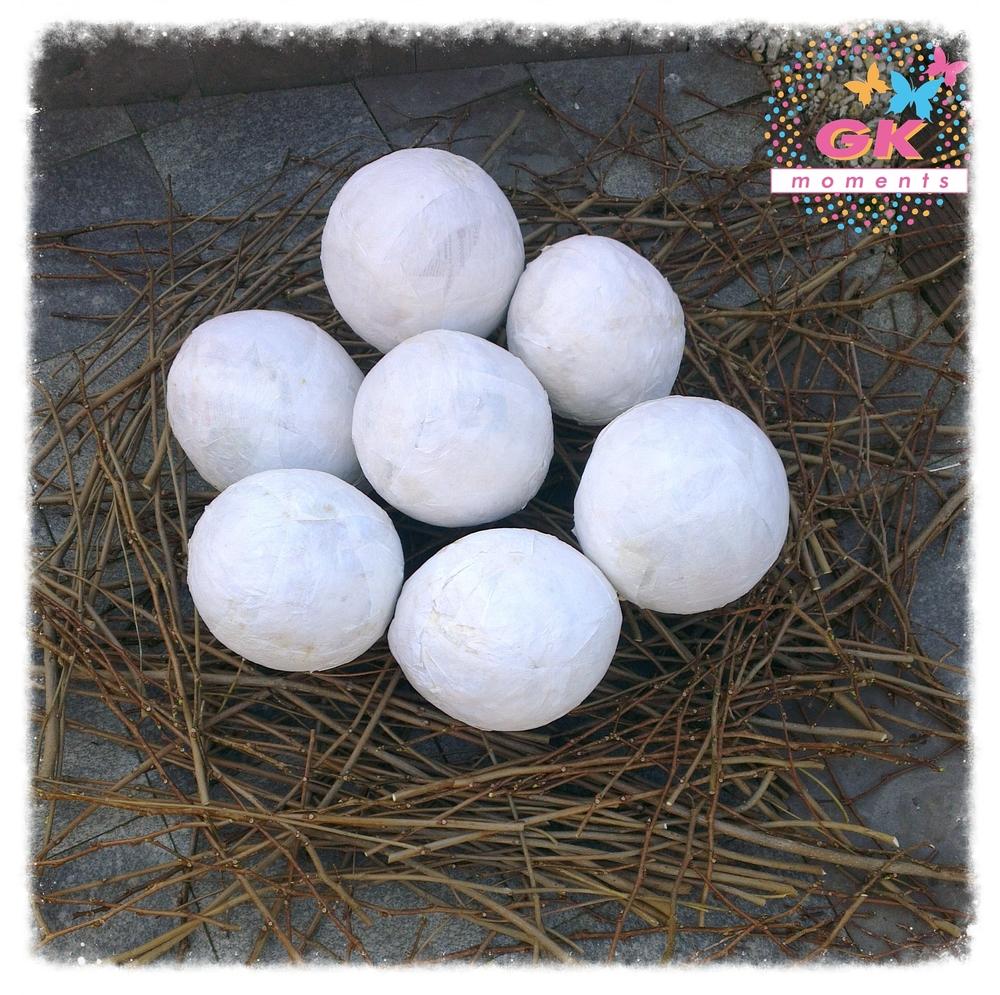Nest of Dinosaur egg Pinãtas.