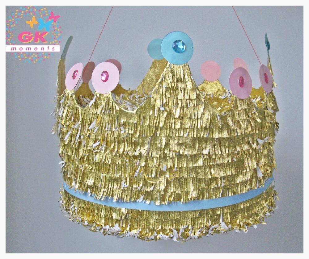 Crown Piñata