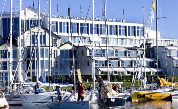 SYC-segelbatar-framför-SYC_WP-566x349.jpg