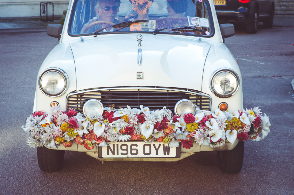 Bride arrives in a karma Cab