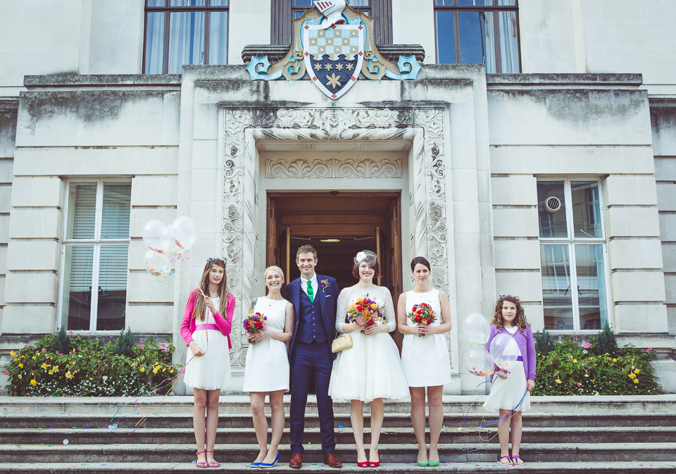 wedding photos on the steps of wandsworth town hall