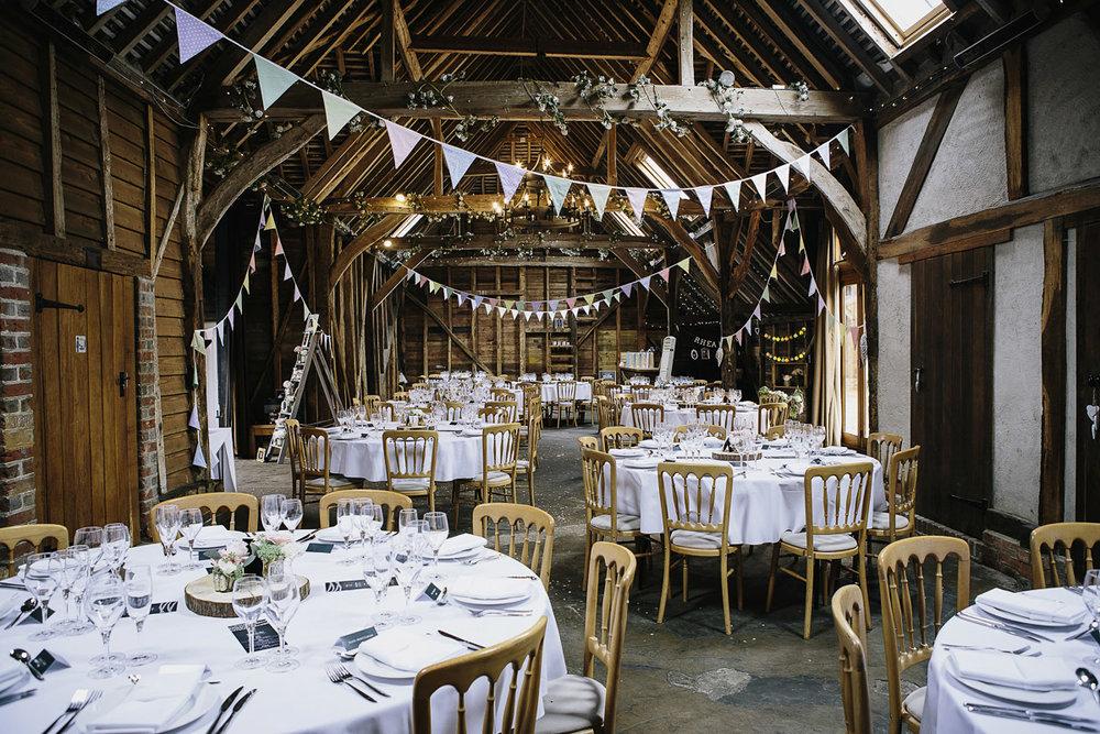 rustic style barn wedding