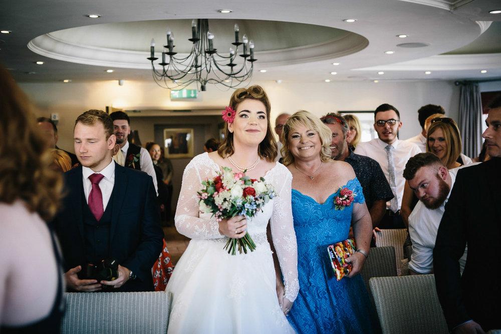 Alternative wedding photography 32