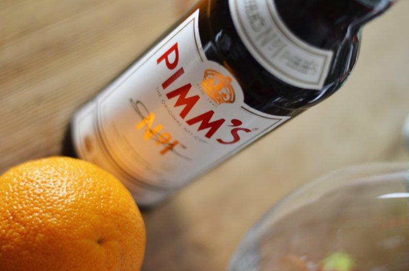 Tipp: Der Pimm's schmeckt auch pur auf Eis