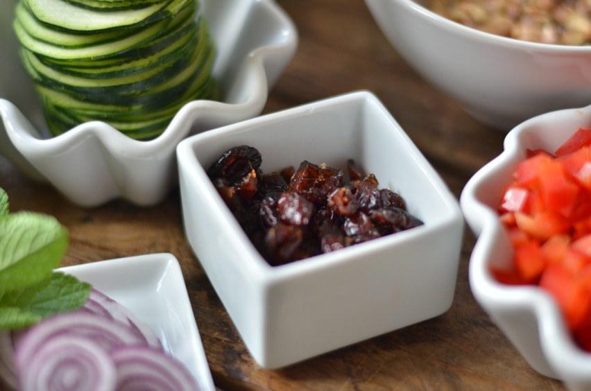 8-10 Stück getrocknete Cranberries klein hacken