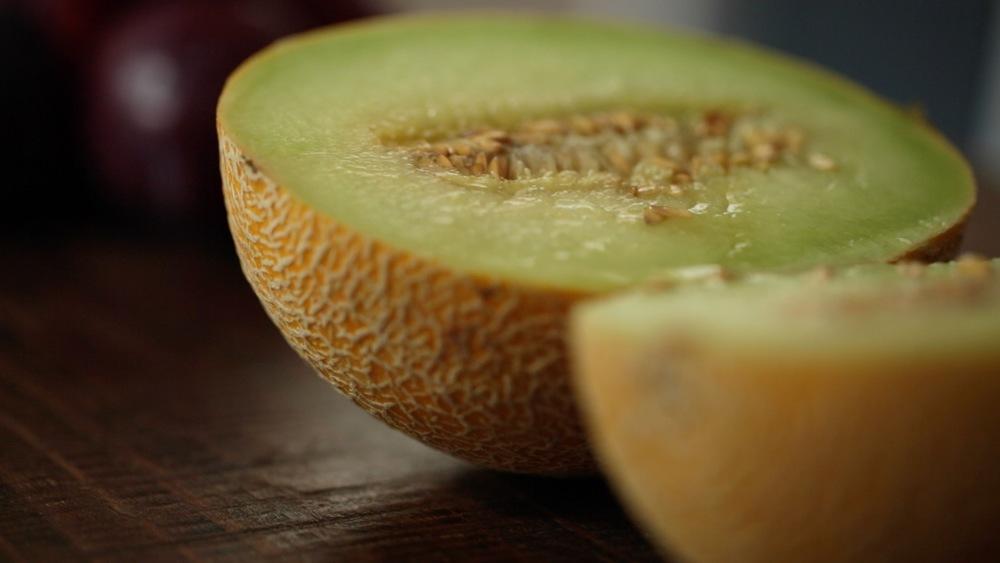 MelonenPflaumenSmoothie_gethungry03.jpg