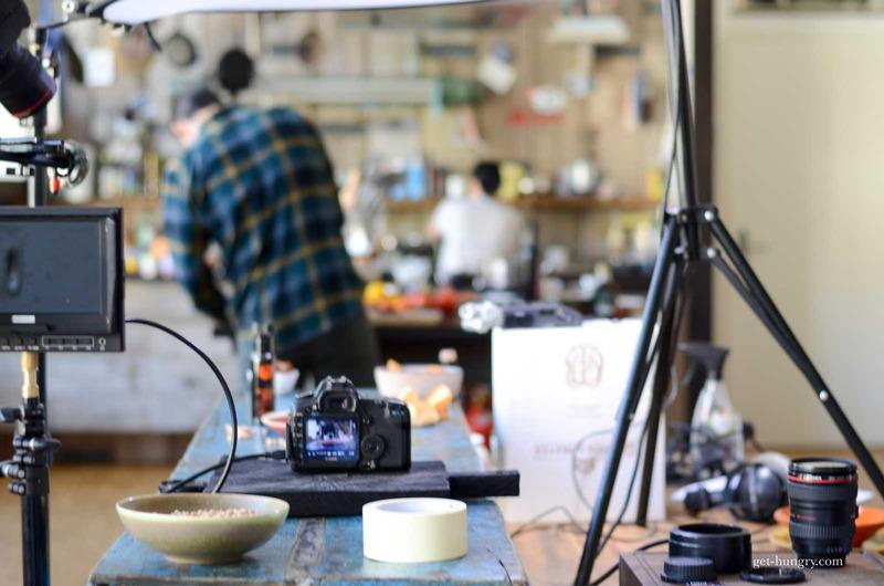 PRODUKTION & DREH   Wir drehen Produkt-und Imagefilme, Interviews und Portraits-Serien, Rezeptvideos, Social Media Snippets, Werbespots fürs TV,Kino oder Web.