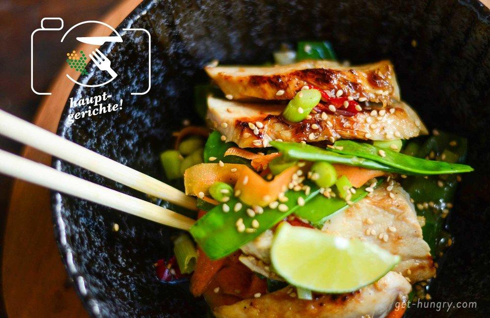 Asia-Huhn mit Honig-Limetten-Soja-Glasur und Gemüse