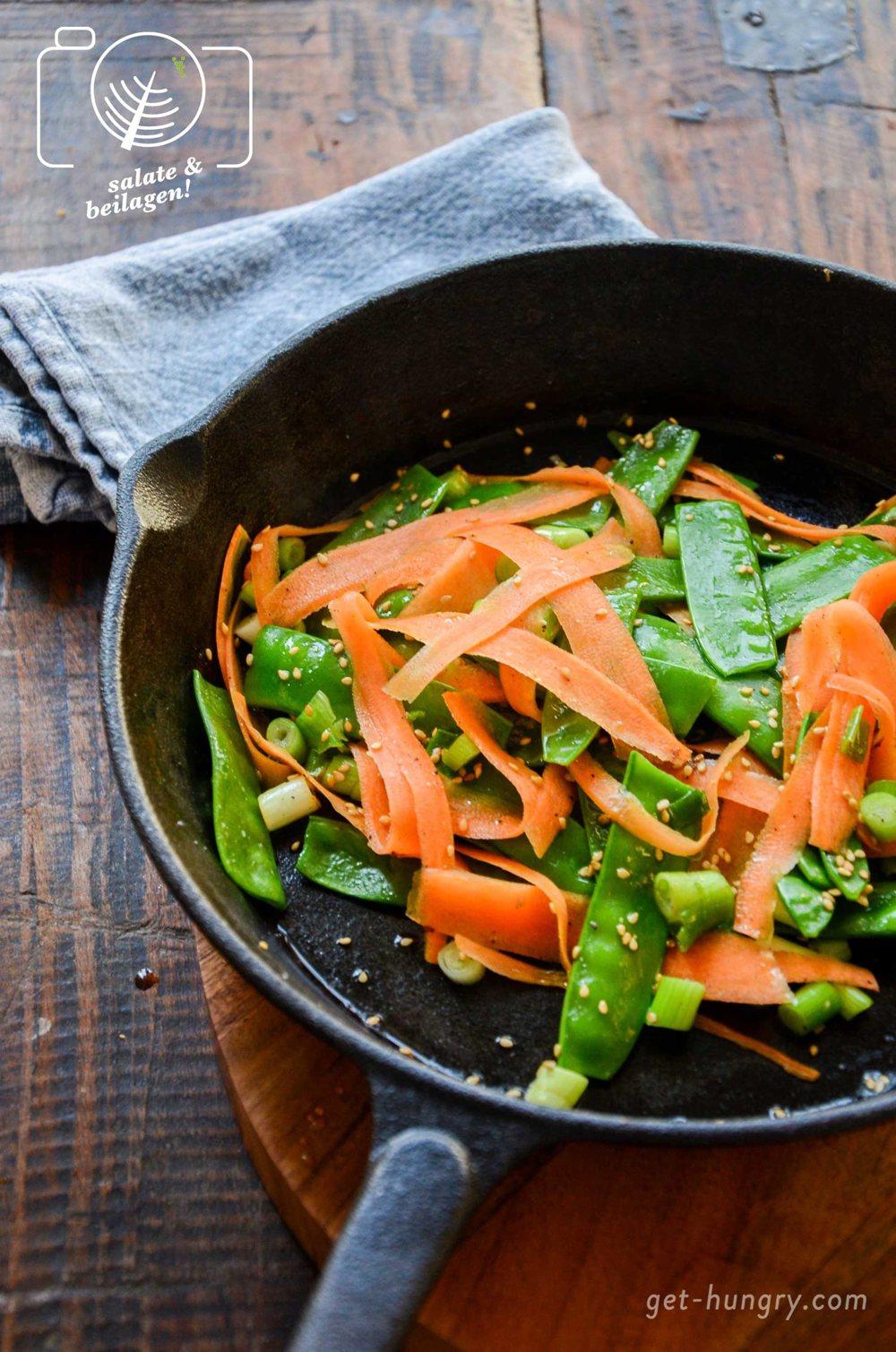 Karotten-Zuckerschoten-Sesam-Gemüse