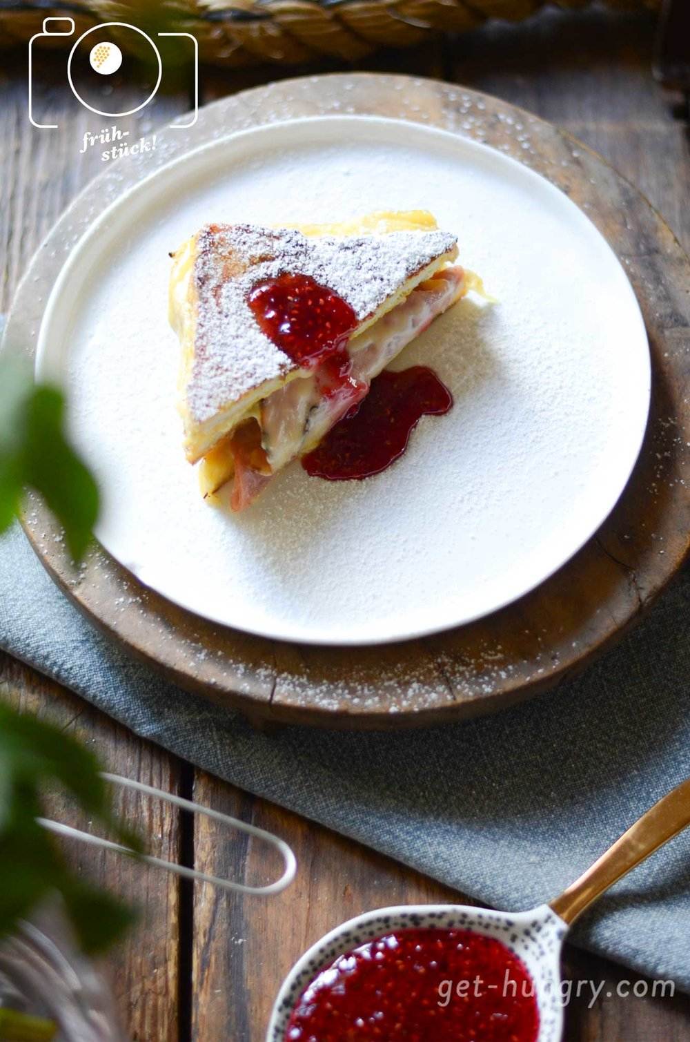 Monte Cristo Sandwich - Croque Monsieur French Toast