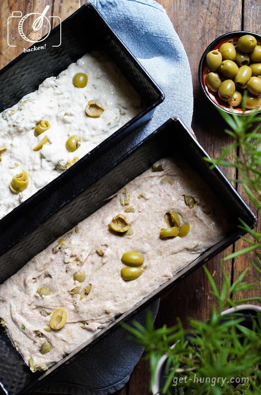 Für das Zweierlei wurde kurzerhand die Rezeptur geteilt und einmal mit Dinkelvollkornmehl und einmal mit klassischem Weizenmehl zubereitet. Beides funktioniert und schmeckt.