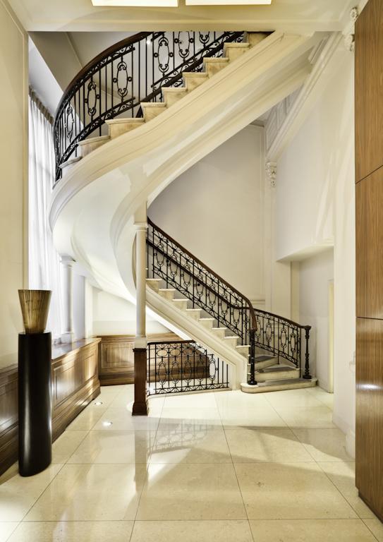 StaircaseHDR.jpg