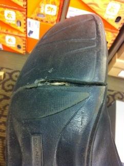 Shoe_Crack
