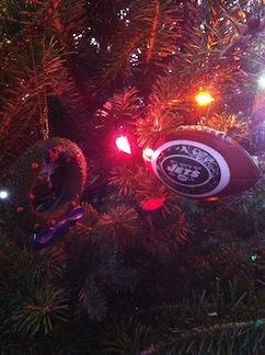 Jets_Ornament