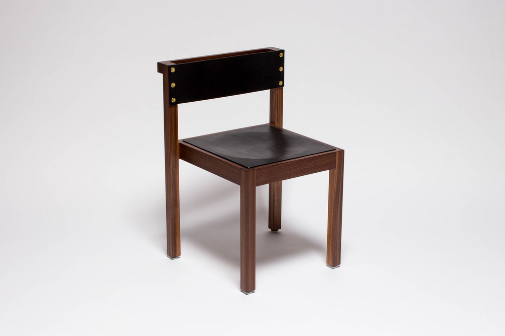1-NINETY CHAIR FRONTAL WALNUT.jpg