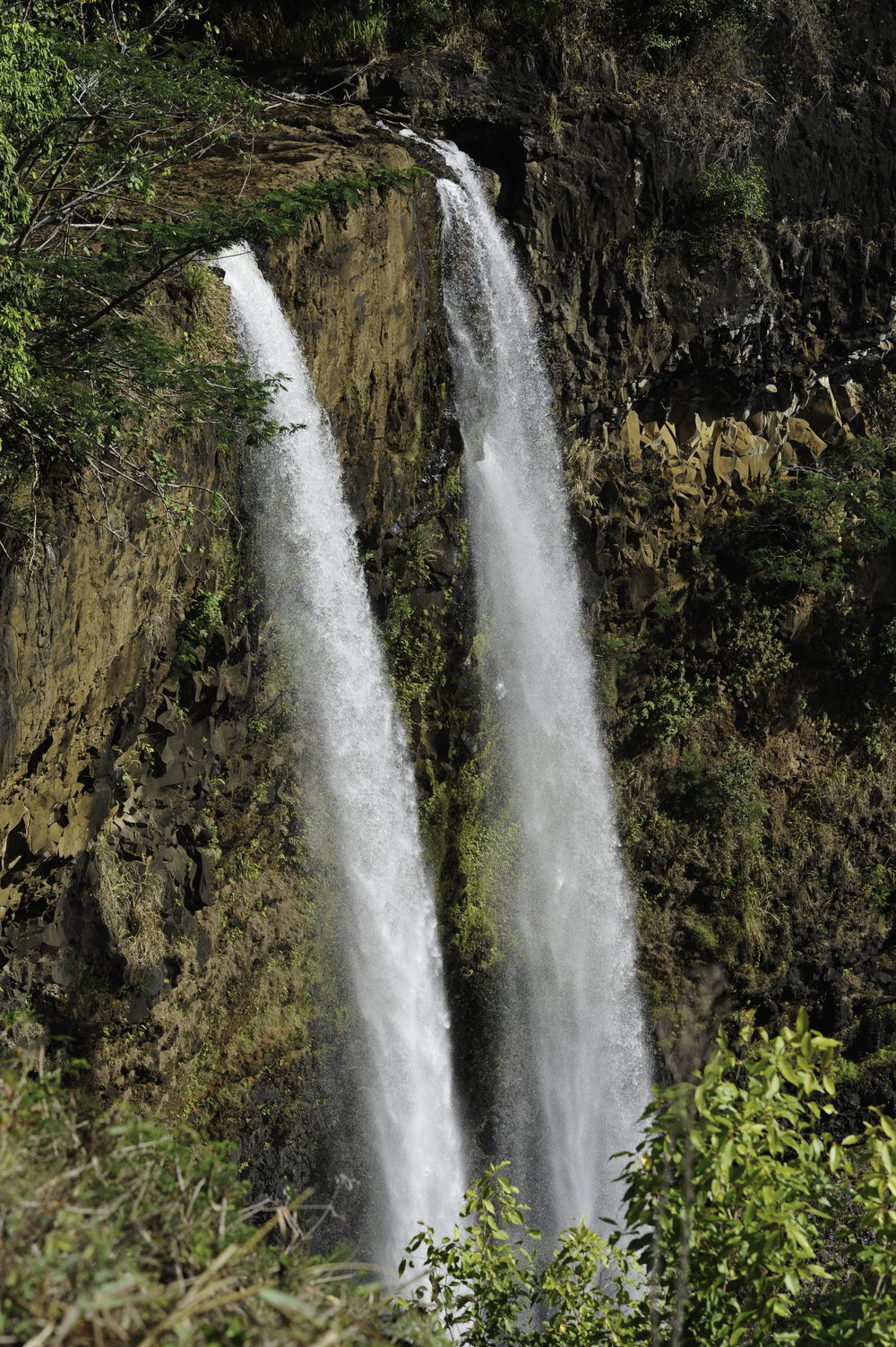 Waimea Waterfall1.jpg