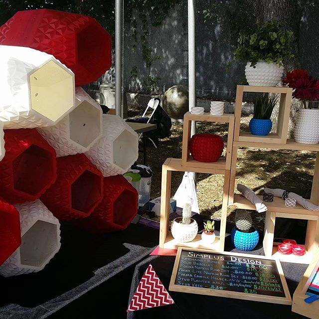 Beautiful 3d printed furniture, etc from @simplusdesign @makerfaire