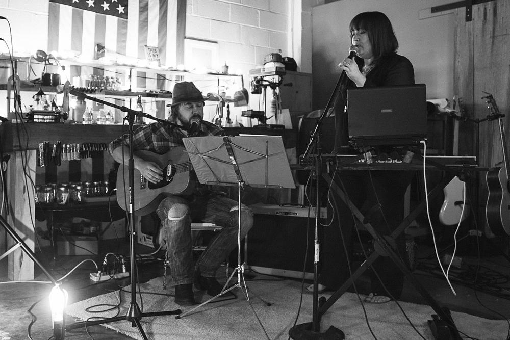 Kansas City Live Acoustic Music Venue