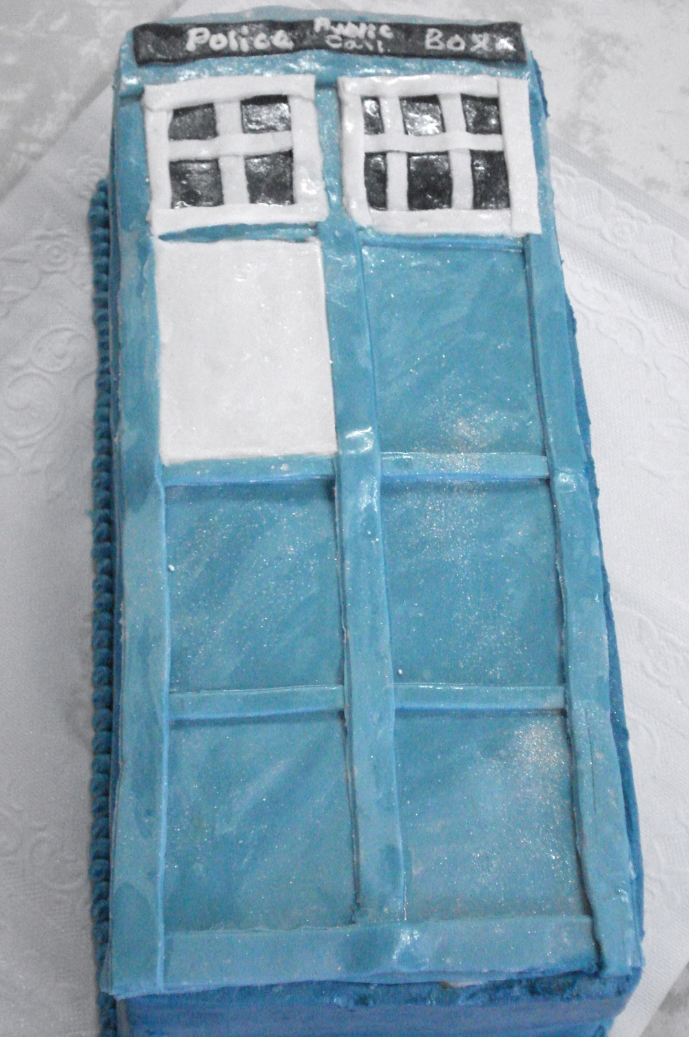 Phone Booth Fondant Cake