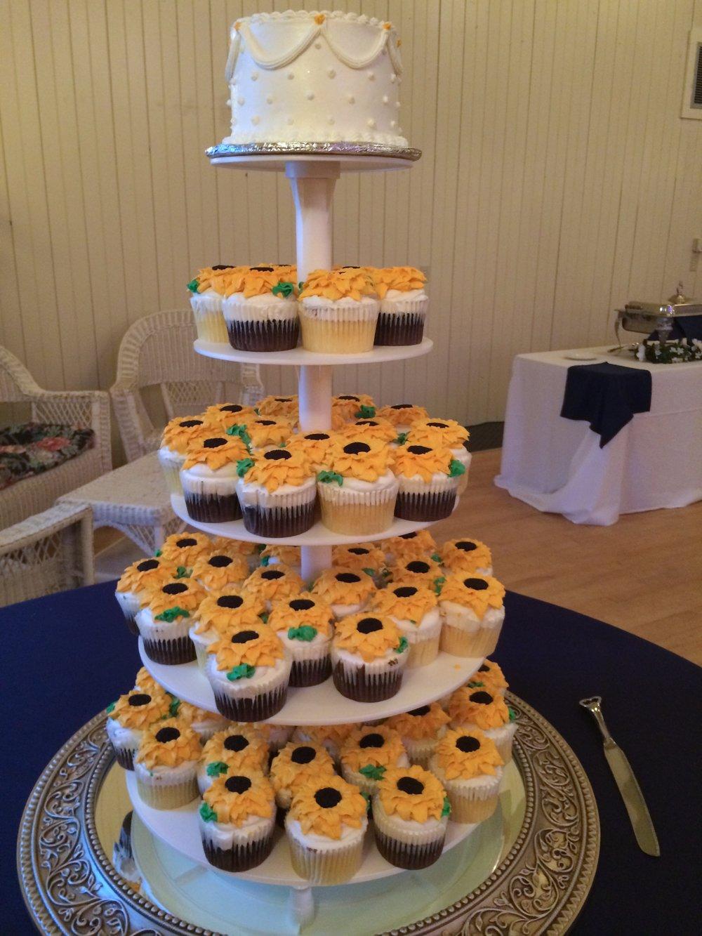 W Cup Cake Wedding Cake.JPG