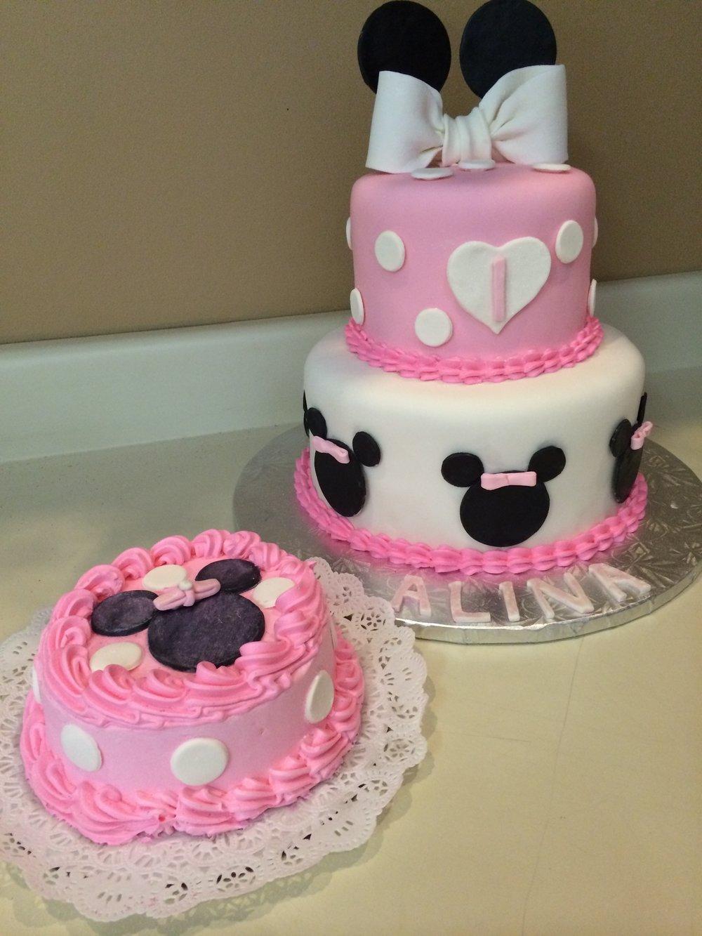 Minnie Smash Cake.JPG