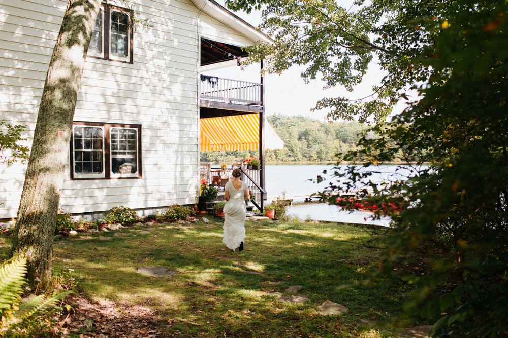 wedding_photographer_poconos_lakehouse_camp052.JPG