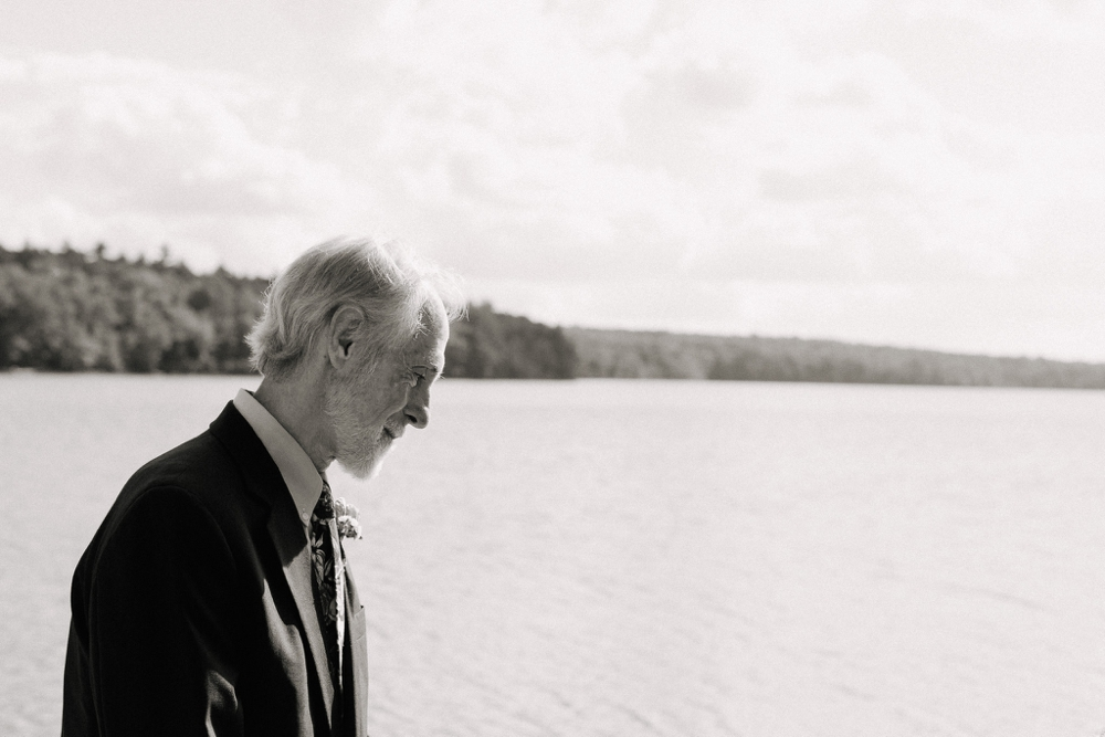 wedding_photographer_poconos_lakehouse_camp059.JPG