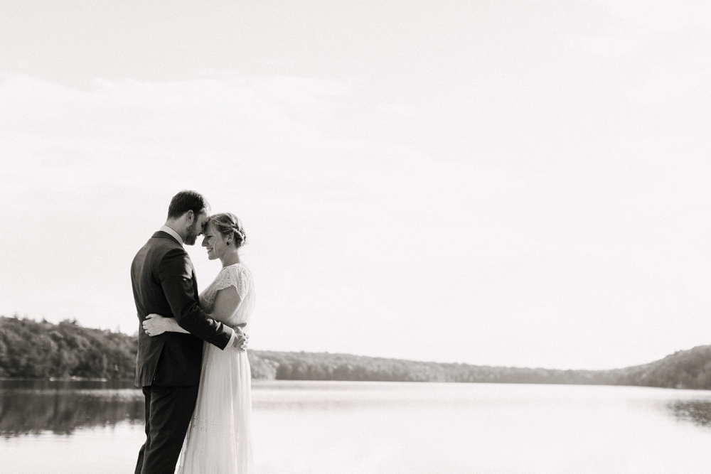 wedding_photographer_poconos_lakehouse_camp086.JPG