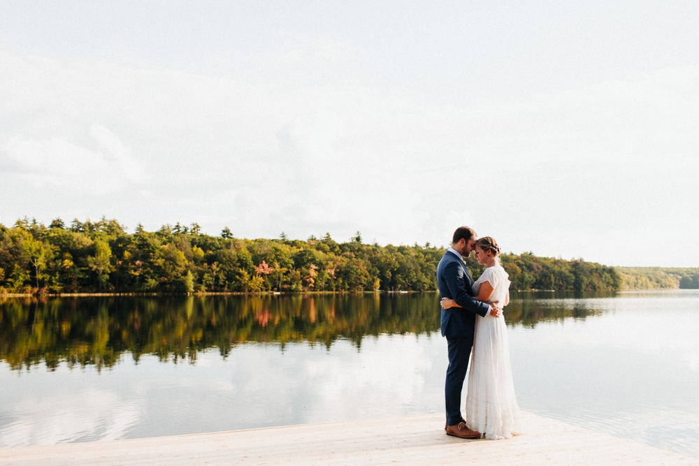 wedding_photographer_poconos_lakehouse_camp087.JPG