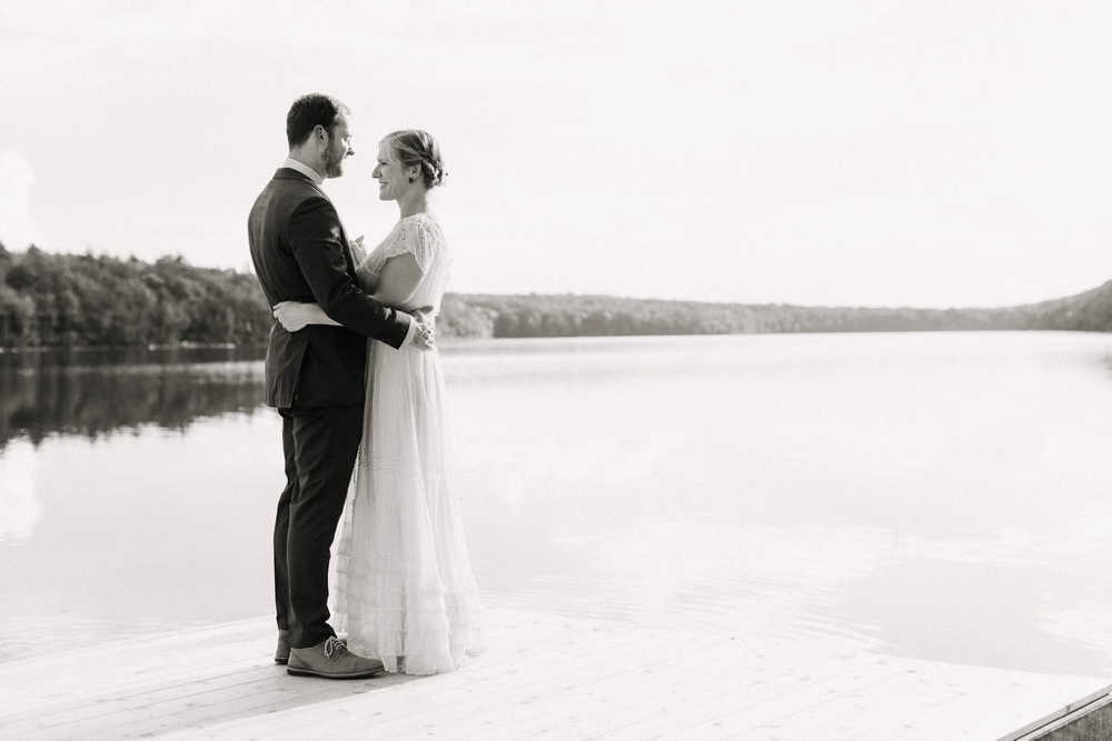 wedding_photographer_poconos_lakehouse_camp090.JPG