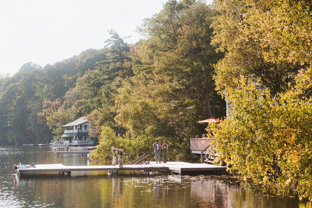 wedding_photographer_poconos_lakehouse_camp091.JPG