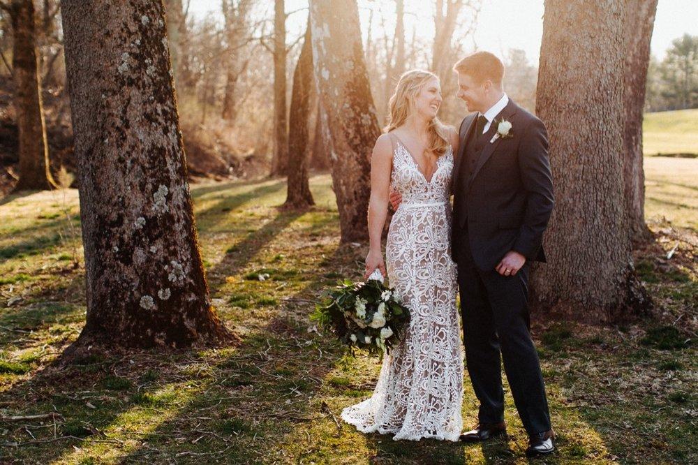 35_18_03_31_dana_pat0397_barn,_rustic,_spring,_wedding,_nature,.jpg