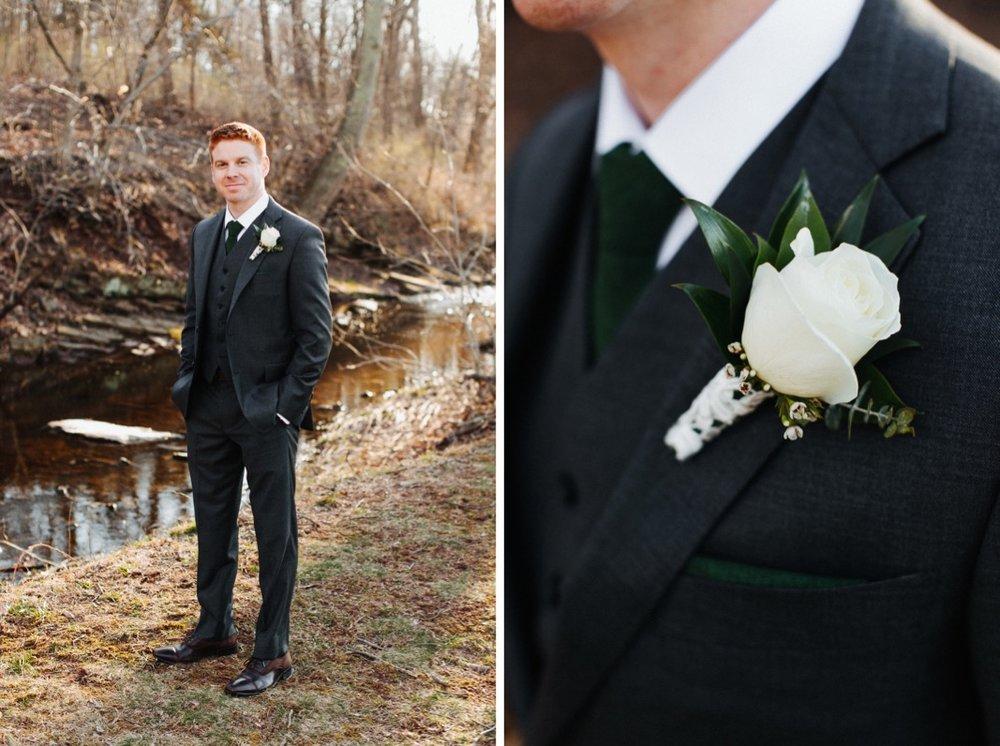 40_18_03_31_dana_pat0443_18_03_31_dana_pat0438_barn,_rustic,_spring,_wedding,_nature,.jpg