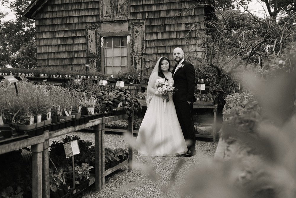intimate_rustic_garden_wedding_terrain