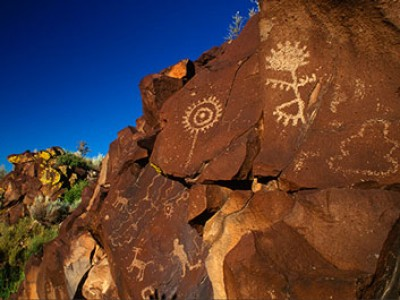 City-of-Santa-Fe_outdoor-glyphs_things-to-do-400x300-c-default.jpg