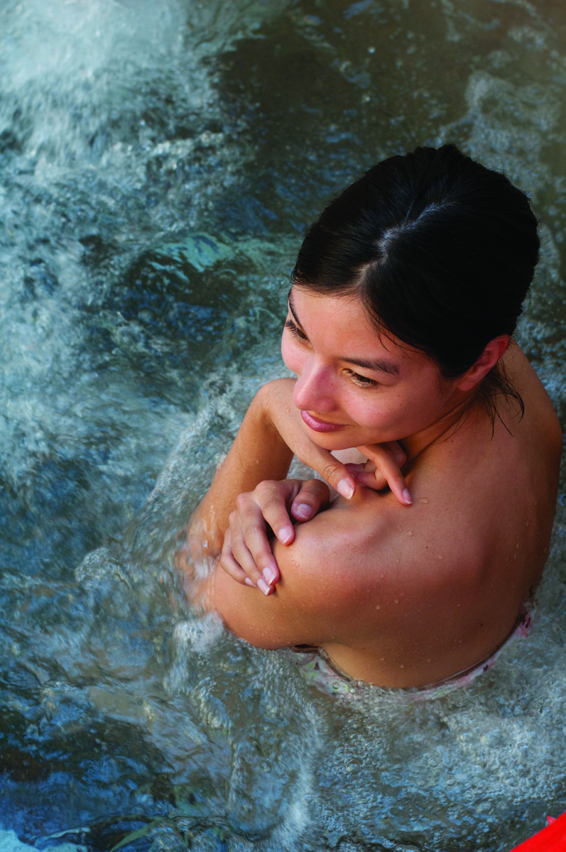 lady in bath  022.jpg