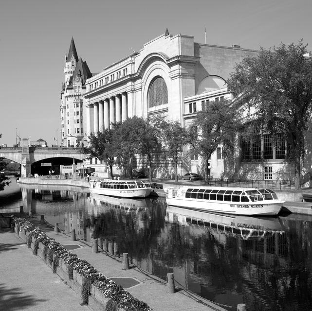Rideau Canal boats