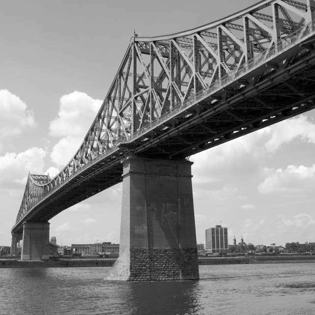 28 Jacques Cartier bridge.jpg