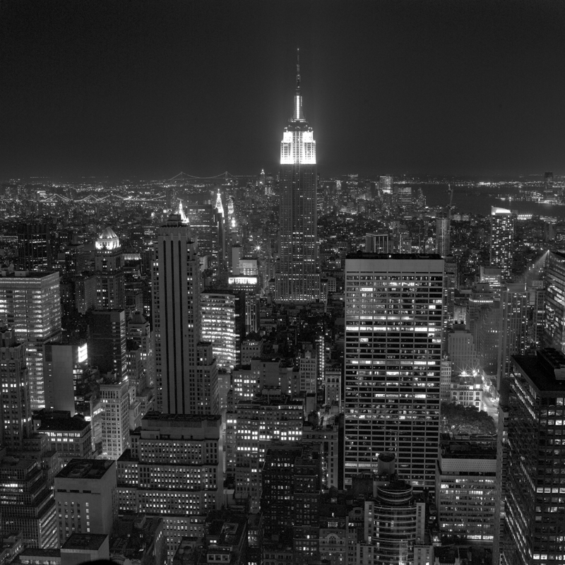 Empire state building Night .jpg