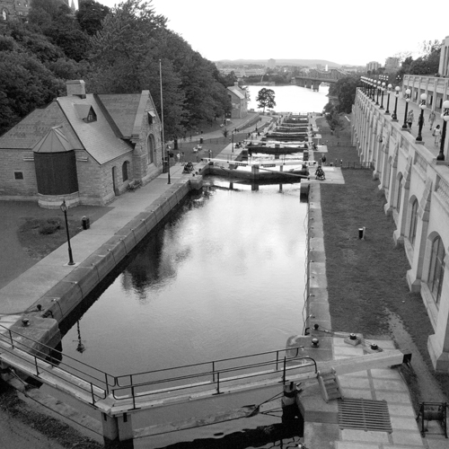 locks from above BW.jpg