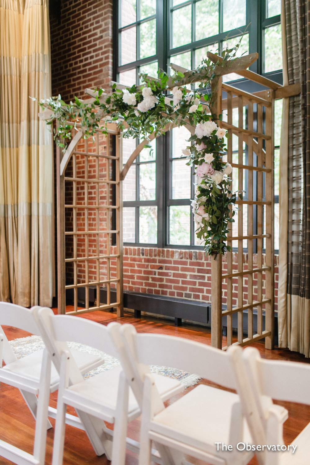 washington-dc-ritz-carlton-wedding-ceremony-rose-trellis