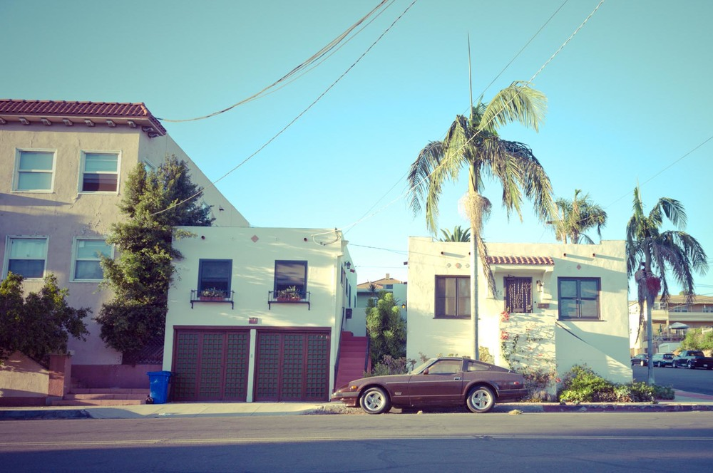 america usa san diego california car vintage house white blue green palm tree.jpg