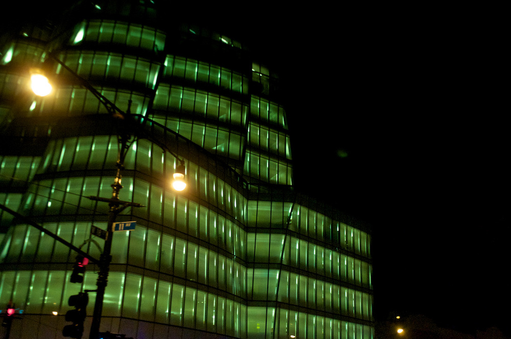 green energy nyc new york city manhattan usa america building architecture night life light.jpg